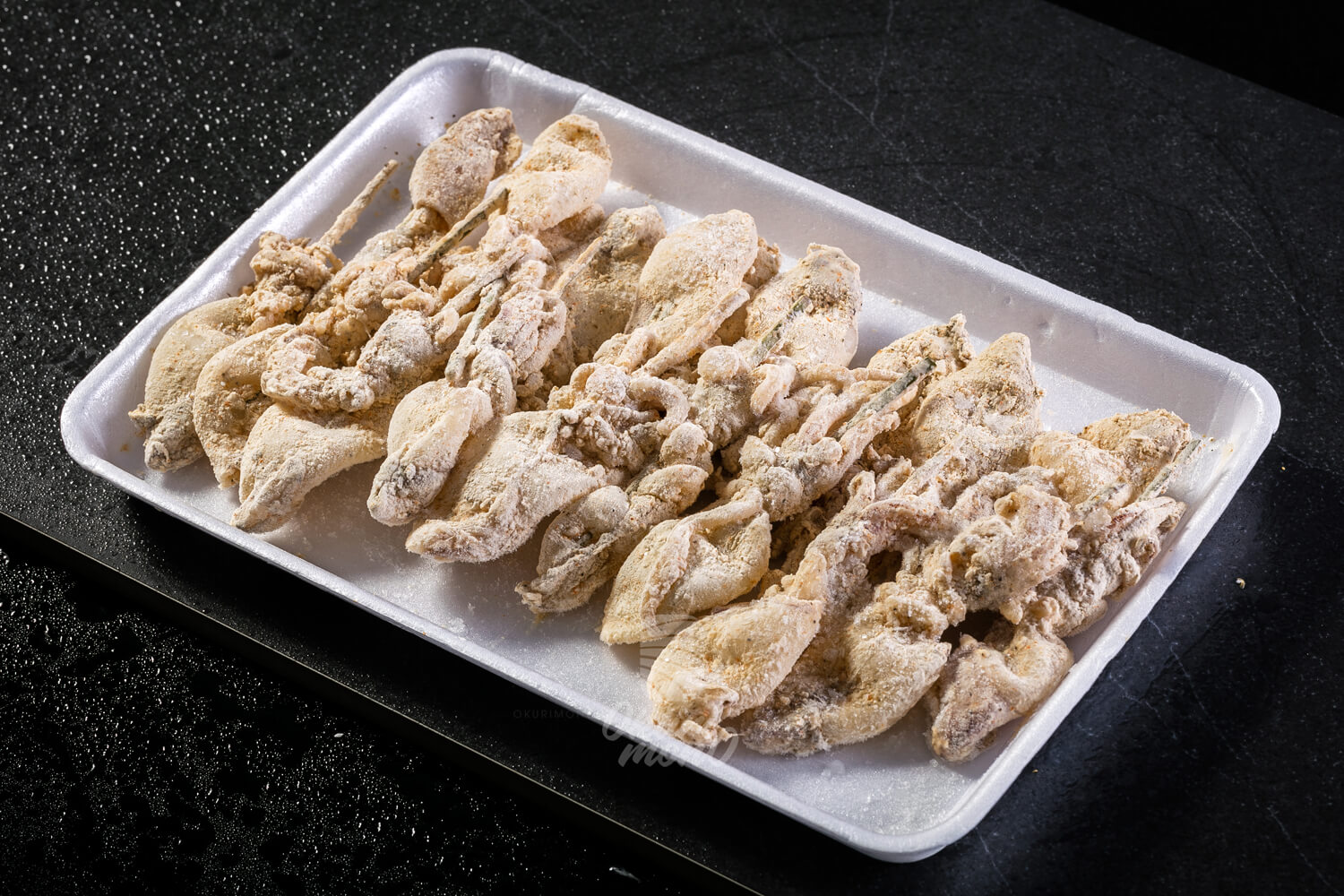 Mực Non Tẩm Bột Karaage - Whole cleaned baby squid skewered with karaage
