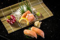 Sashimi Cá Hồi - Salmon Harasu Slice